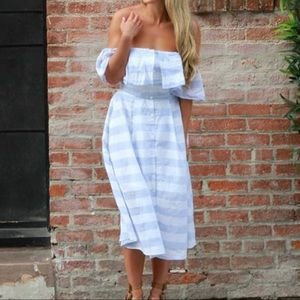 Lulus while and blue striped midi dress